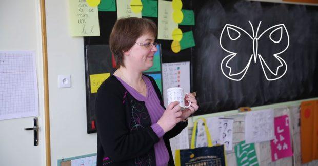 Témoignage : Une enseignante et ses élèves réalisent leurs mugs personnalisés