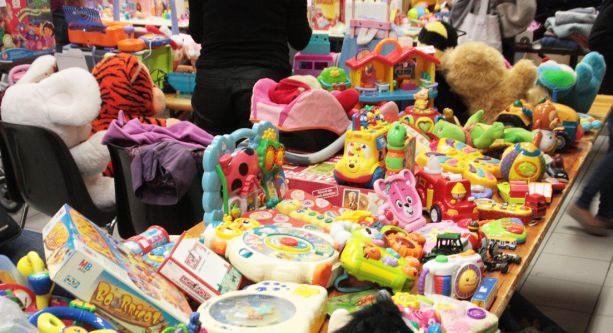 Comment organiser une bourse aux jouets en formule «dépôt-vente» ?