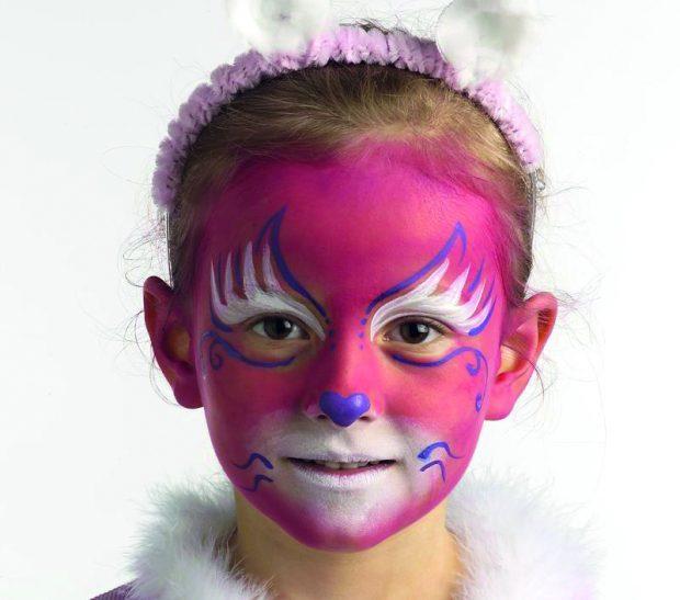 10 Tutos Maquillage Special Filles Le Blog D Initiatives