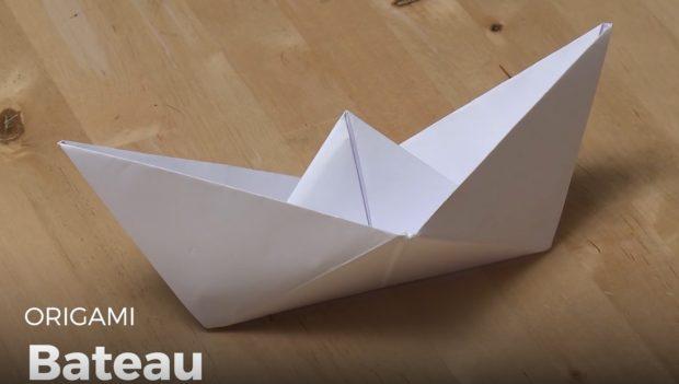 Bateau en origami ou Pixel Art