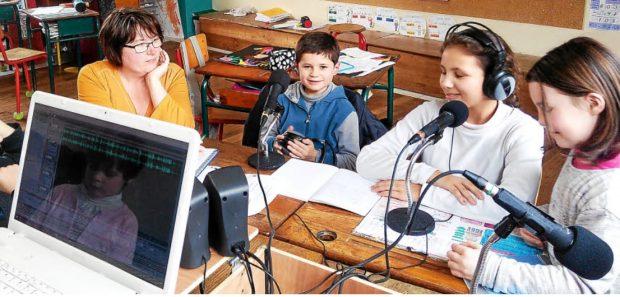Éducation aux médias – Créer une Web radio